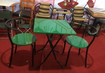 bàn ghế cafe mặt đá