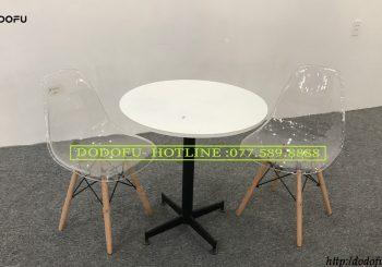 Bộ bàn cafe tròn ghế emes trong