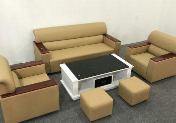 Bộ ghế sofa da đối tay gỗ